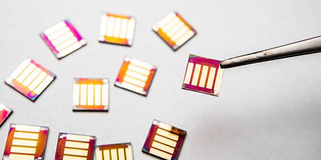 Нов рекорд в преобразуването на соларна енергия до електричество чрез квантови точки