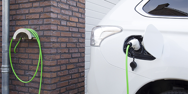 Видове зарядни станции за електромобили - технологични особености и предимства