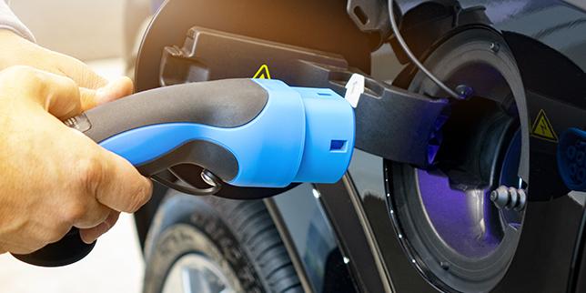 Интегриране на ВЕИ в зарядна инфраструктура за електромобили