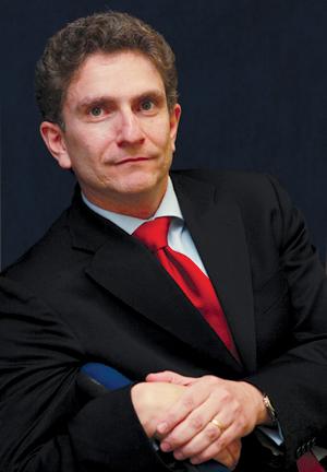 Интервю с Пиерпаоло Маца, генерален мениджър на подразделение Аеродериватни газови турбини за Централна и Източна Европа, Русия и ОНД в GE Energy