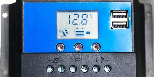 Зарядни контролери за соларни системи